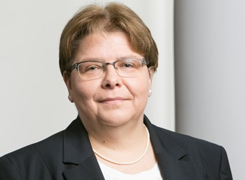 Bettina Blinn, Audit Partner